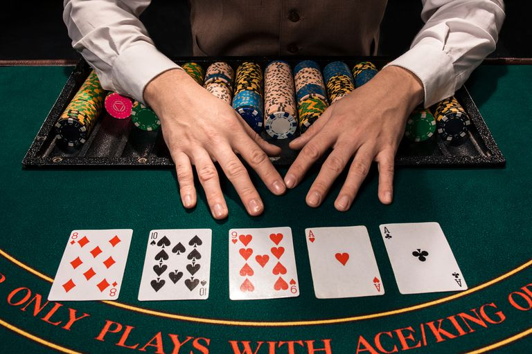 Popular Card Games in Casino
